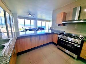 PANAMA CITY SAN FRANCISCO PRIVE TOWER SEA VIEW AND POOL