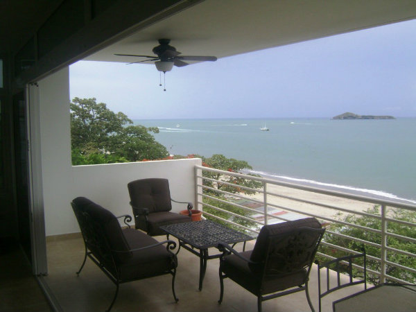 4 BEDROOM CONDO FOR SALE, PLAYA BLANCA,RIO HATO, ANTON, COCLE PANAMA, SE VENDE PROPIEDAD