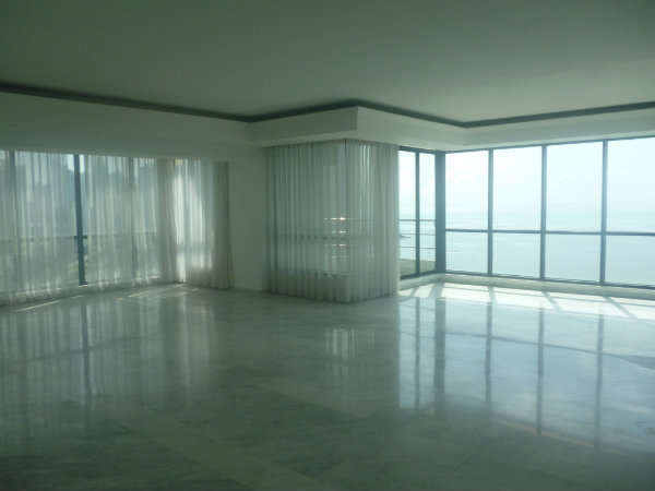 APPARTEMENT EN VENTE CINTA COSTERA