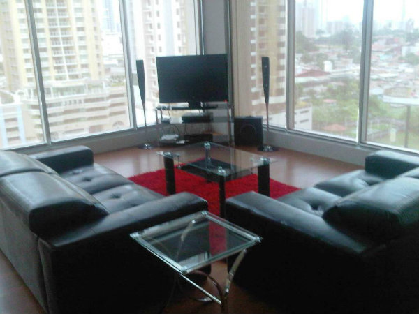 PANAMA CITY LOFT FOR SALE
