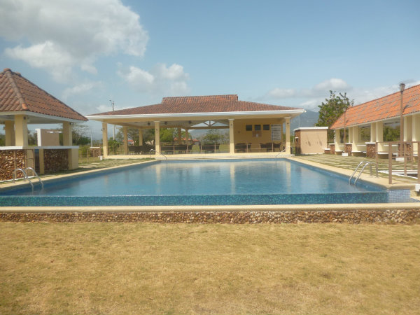 FOR SALE BY OWNER, LOT INSIDE P H LA COLONIA, PUNTA CHAME, CHAME, PANAMA, PARA LA VENTA LOTE