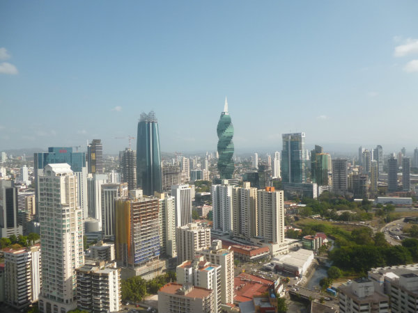 SE VENDE PROPIEDAD, PROPERTY FOR SALE, AVENIDA BALBOA, BELLA VISTA, PANAMA CITY, PANAMA