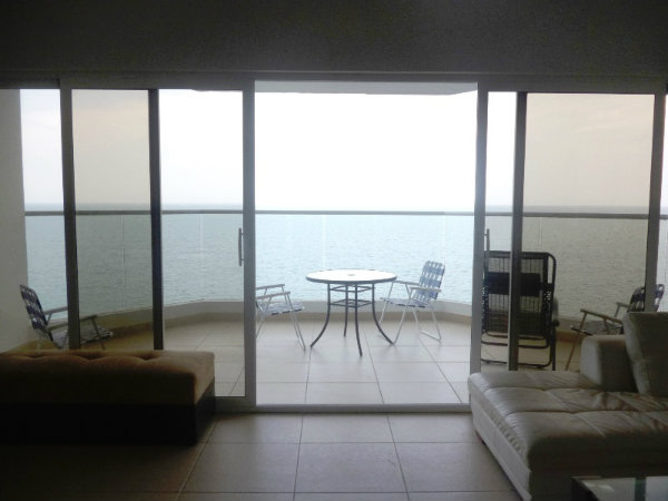 CONDO FOR SALE IN PANAMA WITH OCEAN VIEW
