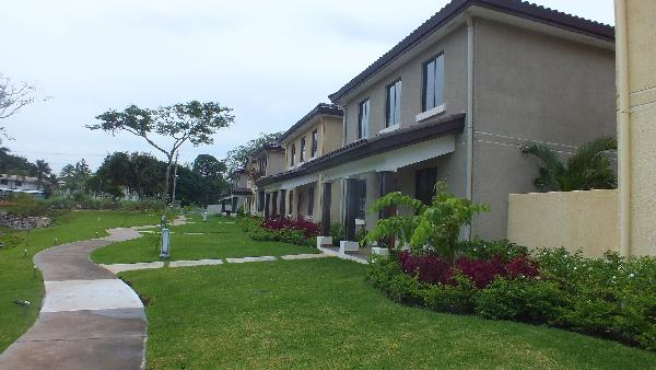 ARRAIJAN, PANAMA PACIFICO, CASA EN RIVER VALLEY, MODEL 1