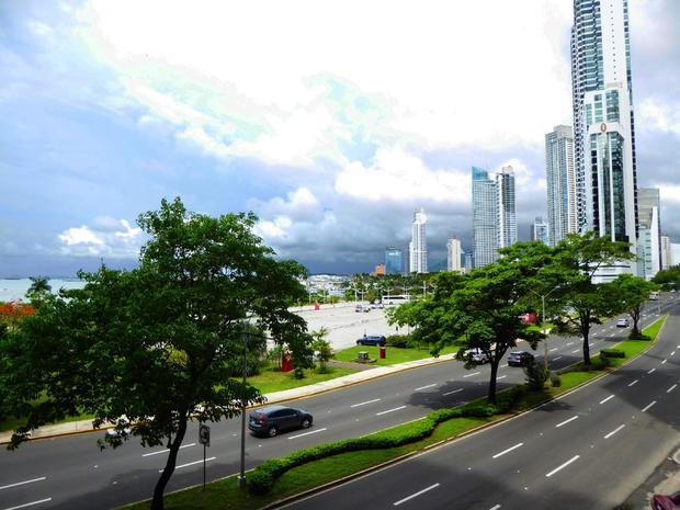 PANAMA CITY AVENIDA BALBOA 1 BDRM COVENIENT LOCATION OCEAN VIEW