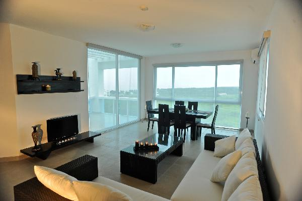 COCLE, PLAYA BLANCA, FOUNDERS  OCEANTFRONT 3 BDRM PENTHOUSE