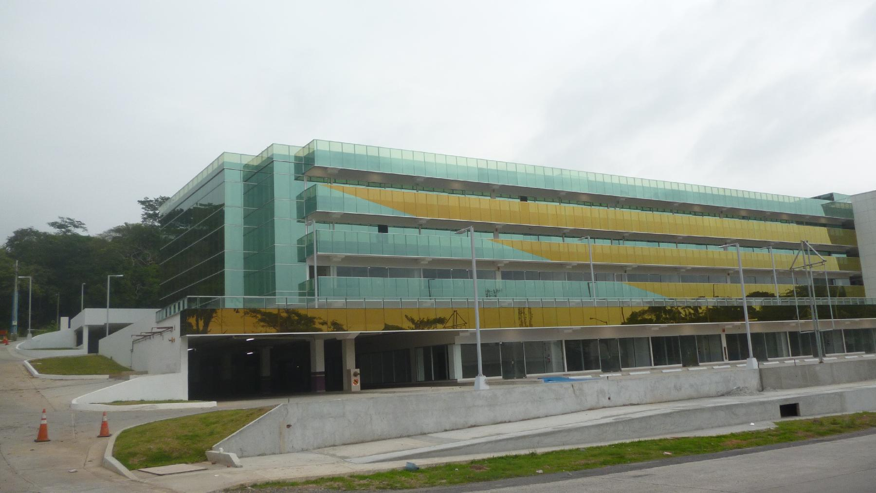 ALBROOK, COMMERCIAL SPACES IN TERRAZAS DE ALBROOK