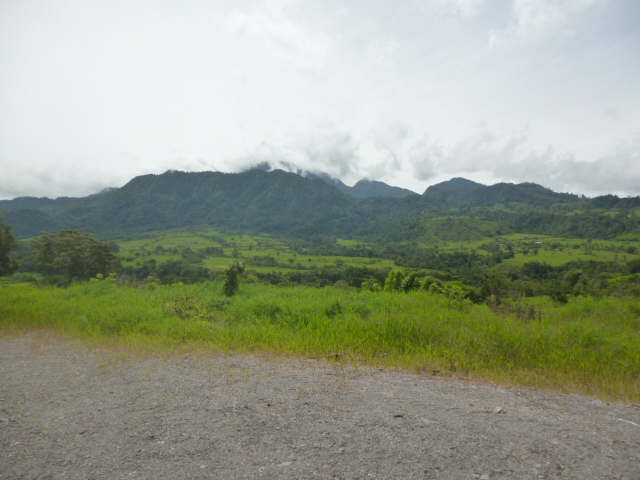 CHIRIQUI, VOLCAN, FOR SALE IN SERENITY HILLS GATED COMMUNITY