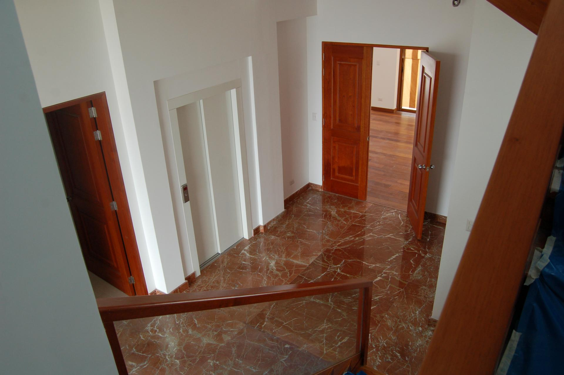 LIMA, SAN ISIDRO, 4 BED TRIPLEX PENTHOUSE, FOR SALE