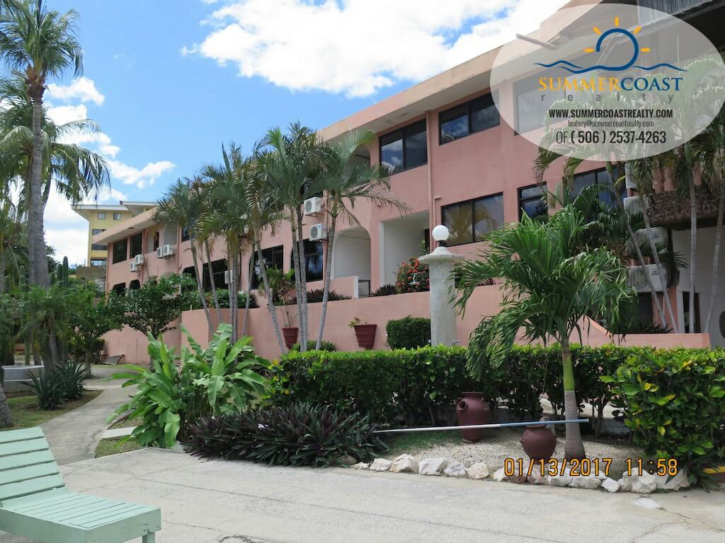 Flamingo beach Marina Resort