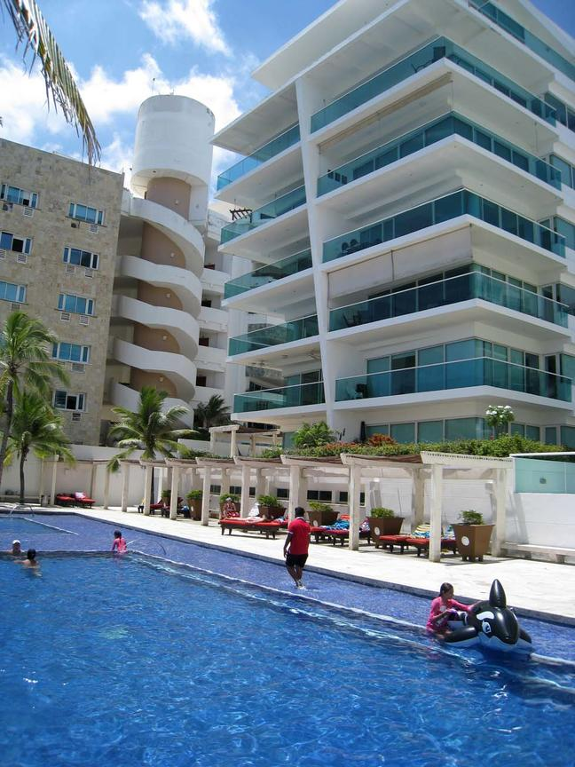 CARTAGENA  La Boquilla Beachfront  Exclusive Family Apartment