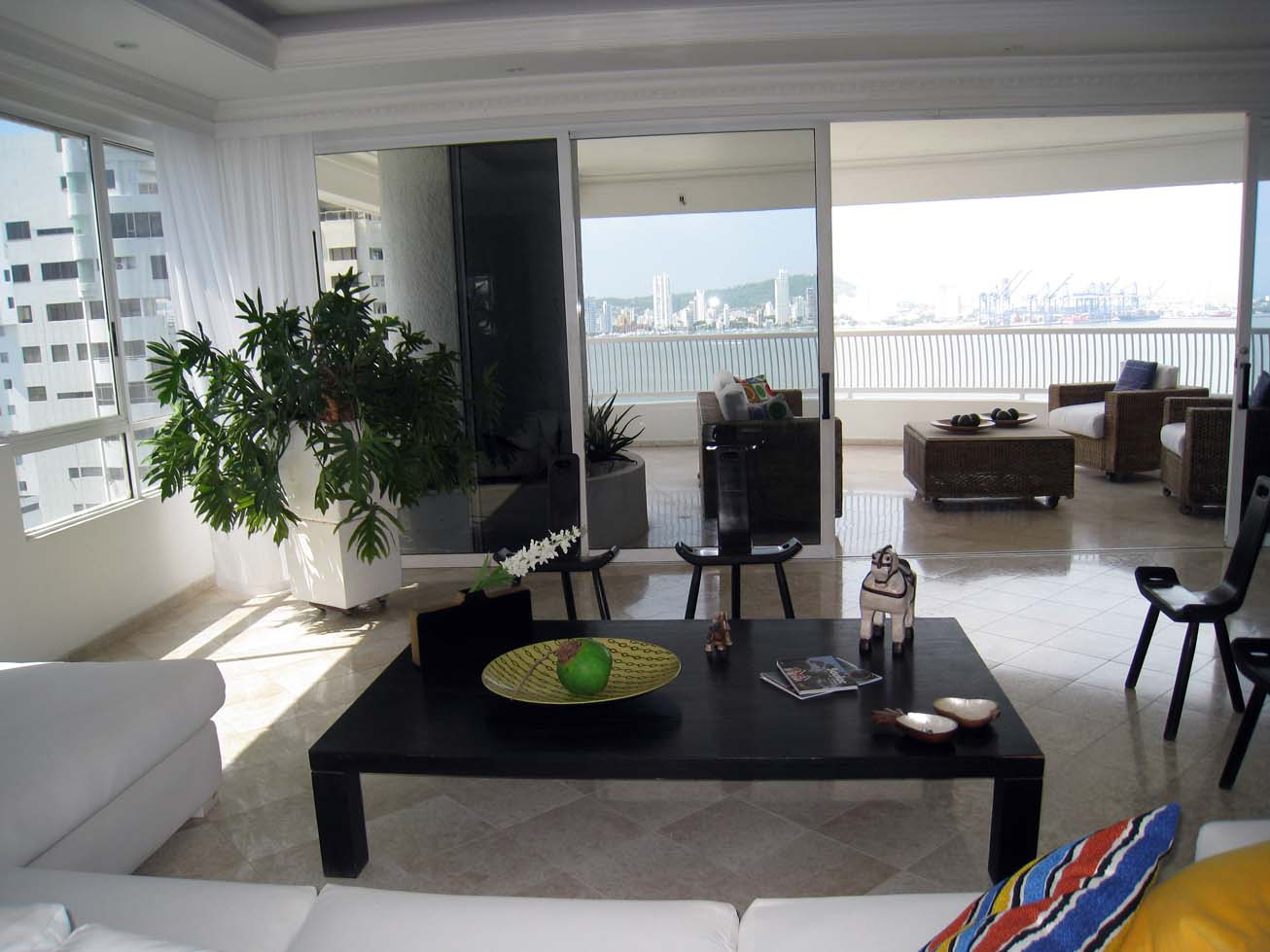 CARTAGENA  Castillogrande  Bocagrande  Exclusive Executive Residence