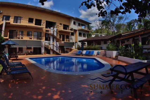 10 Developers Condos, Tamarindo beach