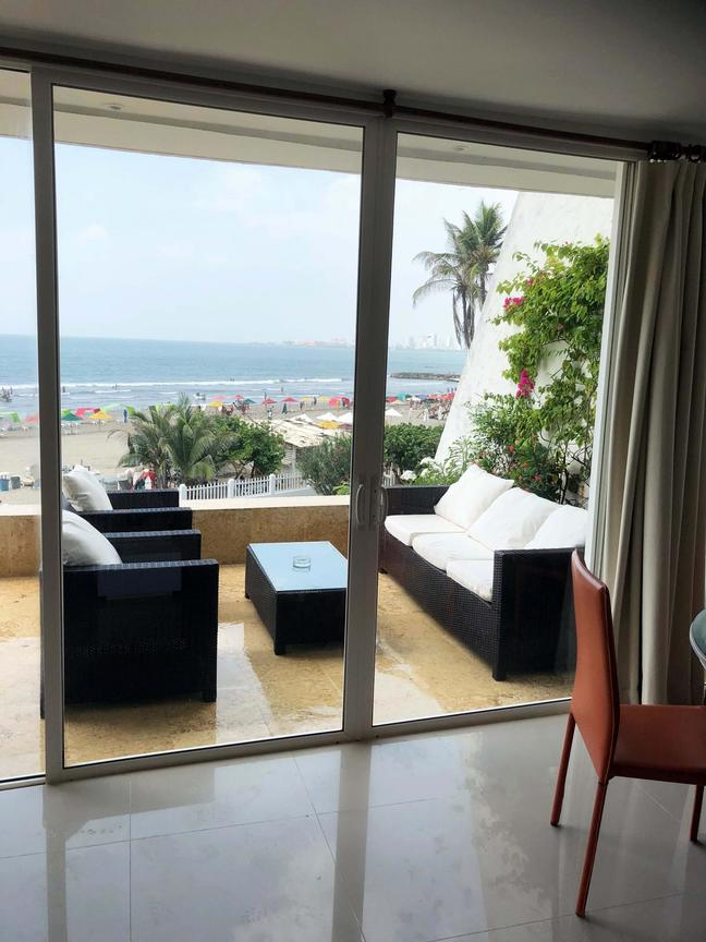 CARTAGENA - El Laguito - Very Impressive Beachfront apartment, beautifully renovated