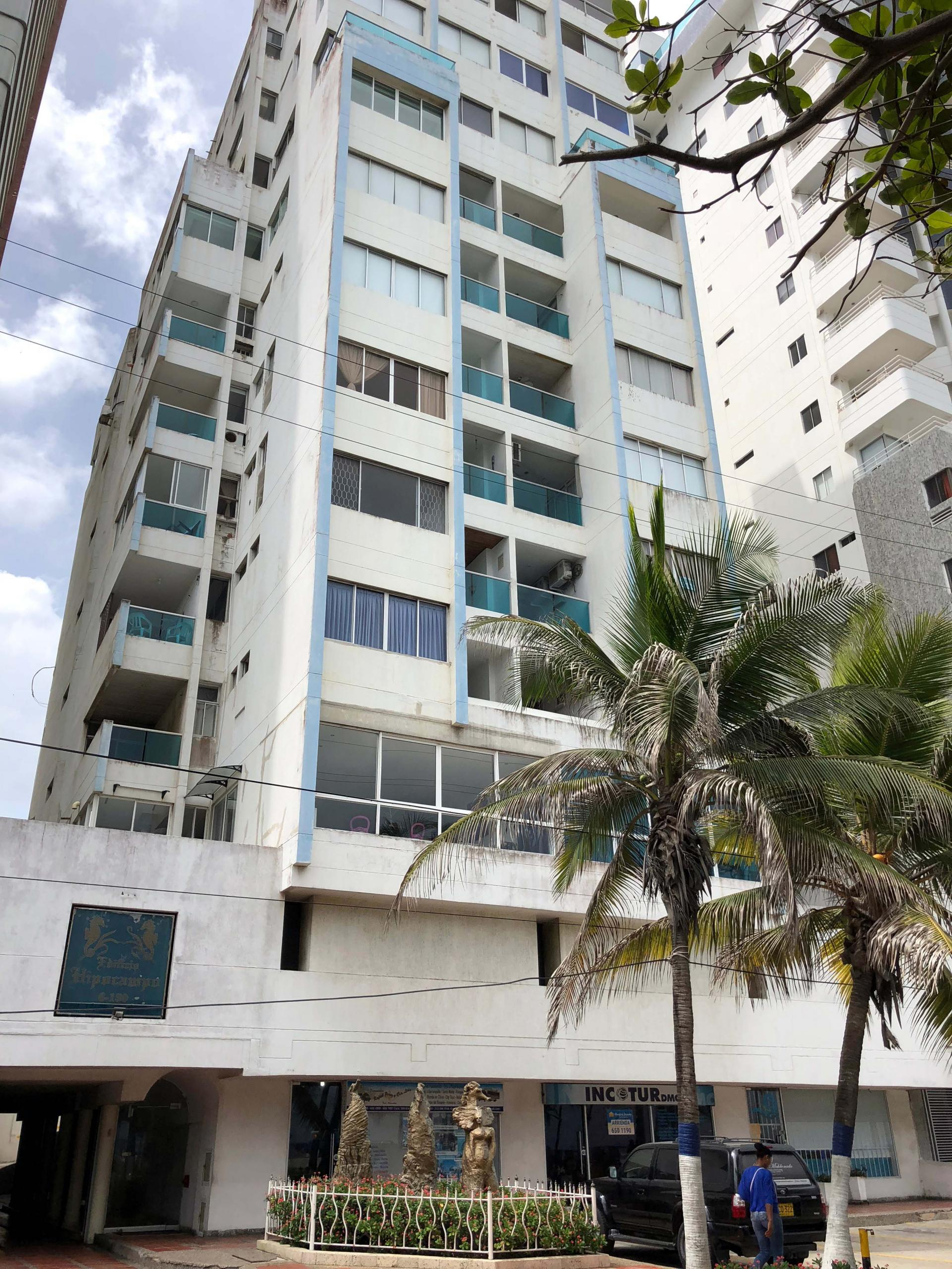 CARTAGENA - Bocagrande - Beach Front - Charming and affordable  2 bedroom apartment