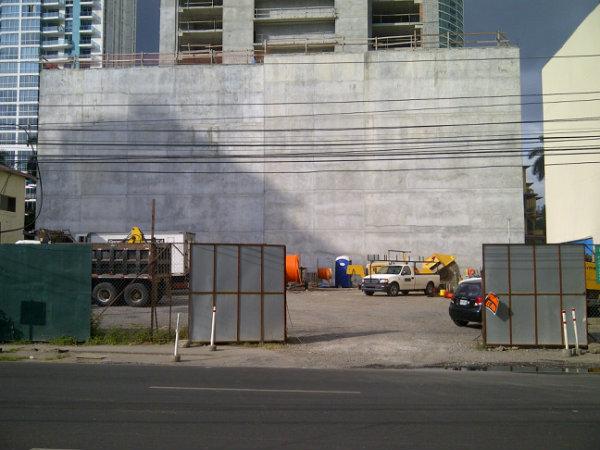PARCELLE DE TERRAIN CONSTRUCTIBLE A BELLA VISTA A VENDRE